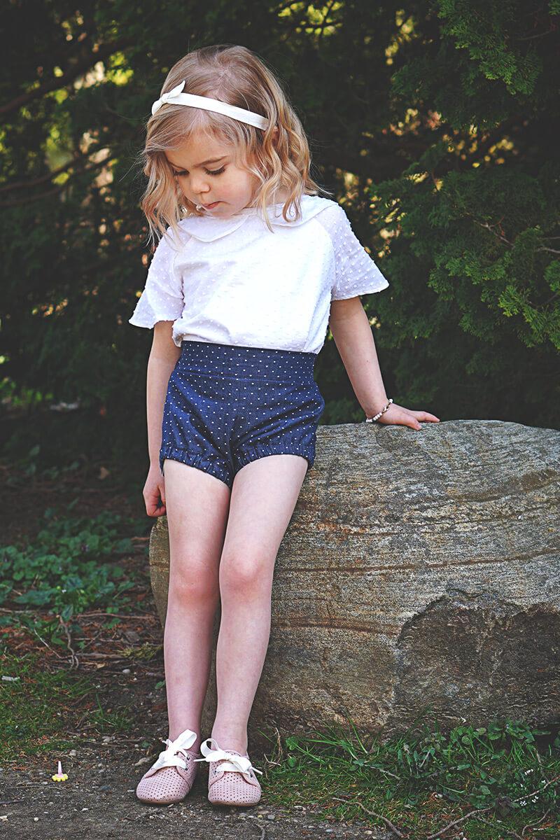 penelope-shorts-chambray-white-dots-model-briabay-03